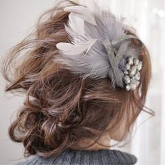 ヘアアレンジ ゆるふわ フェミニン アッシュ ヘアスタイルや髪型の写真・画像