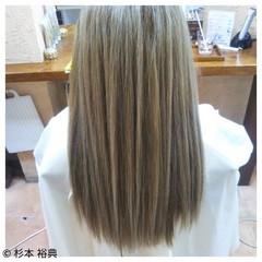 ハイライト ストレート ロング ナチュラル ヘアスタイルや髪型の写真・画像