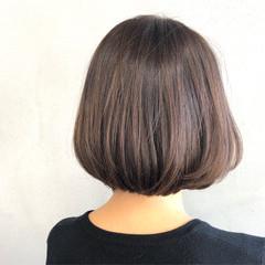 大人女子 ブルージュ 艶髪 ナチュラル ヘアスタイルや髪型の写真・画像