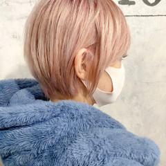 ベリーショート ショート ショートヘア ナチュラル ヘアスタイルや髪型の写真・画像