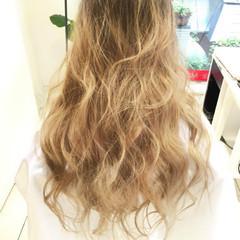 外国人風 ロング グラデーションカラー ガーリー ヘアスタイルや髪型の写真・画像