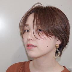 ベージュ ナチュラル ヌーディベージュ インナーカラー ヘアスタイルや髪型の写真・画像