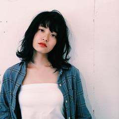 前髪あり ワイドバング パーマ ミディアム ヘアスタイルや髪型の写真・画像