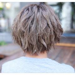 透明感 前髪あり アッシュ 外国人風 ヘアスタイルや髪型の写真・画像