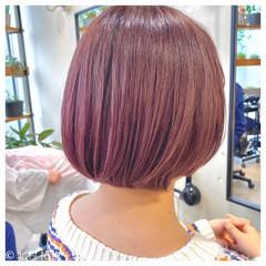 ナチュラル ピンクベージュ ベリーピンク 透明感カラー ヘアスタイルや髪型の写真・画像