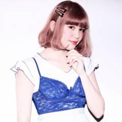 外国人風 ハイトーン ボブ ストレート ヘアスタイルや髪型の写真・画像