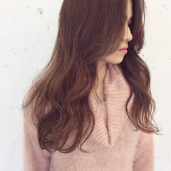 フリンジバング ピンク ミルクティー ニュアンス ヘアスタイルや髪型の写真・画像