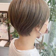 小顔ショート カーキ ショートヘア ショート ヘアスタイルや髪型の写真・画像