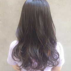 オフィス アンニュイほつれヘア セミロング デート ヘアスタイルや髪型の写真・画像