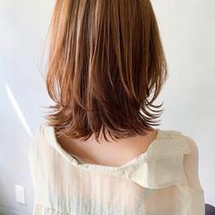 こなれ感 ウルフカット ミディアム 前髪あり ヘアスタイルや髪型の写真・画像