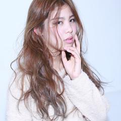 外国人風 ゆるふわ フェミニン ロング ヘアスタイルや髪型の写真・画像