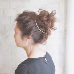 ヘアアレンジ お団子 簡単ヘアアレンジ ショート ヘアスタイルや髪型の写真・画像