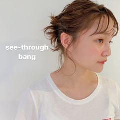 簡単ヘアアレンジ ウルフカット ミルクティーベージュ ガーリー ヘアスタイルや髪型の写真・画像