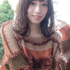 デート ヘアアレンジ セミロング 簡単ヘアアレンジ ヘアスタイルや髪型の写真・画像
