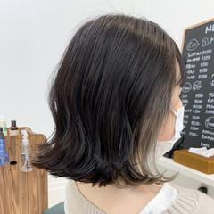 切りっぱなしボブ 外ハネ ナチュラル アンニュイほつれヘア ヘアスタイルや髪型の写真・画像