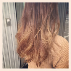 大人かわいい グラデーションカラー コンサバ アッシュ ヘアスタイルや髪型の写真・画像
