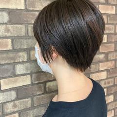 大人ショート ナチュラル 艶髪 イルミナカラー ヘアスタイルや髪型の写真・画像