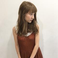ミディアム アンニュイ 女子会 デート ヘアスタイルや髪型の写真・画像