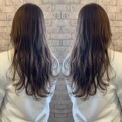 エレガント アッシュグレージュ アッシュグレー セミロング ヘアスタイルや髪型の写真・画像