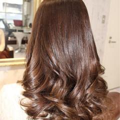 ゆるふわ フェミニン 暗髪 セミロング ヘアスタイルや髪型の写真・画像