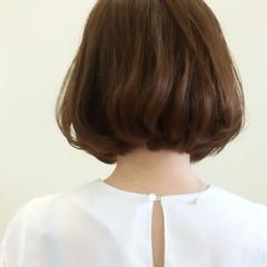 ボブ ナチュラル マット アッシュ ヘアスタイルや髪型の写真・画像