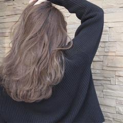 アンニュイ ロング 愛され ウェーブ ヘアスタイルや髪型の写真・画像