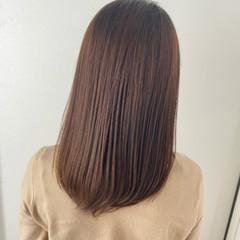 セミロング 艶髪 艶カラー グレージュ ヘアスタイルや髪型の写真・画像