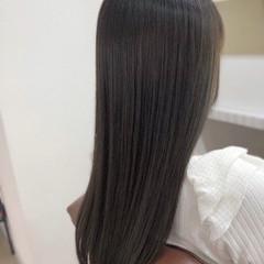 縮毛矯正ストカール ストレート 縮毛矯正 グレージュ ヘアスタイルや髪型の写真・画像