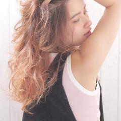 フェミニン ハイライト グラデーションカラー ゆるふわ ヘアスタイルや髪型の写真・画像
