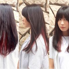 レッド ダークアッシュ ピンク 暗髪 ヘアスタイルや髪型の写真・画像
