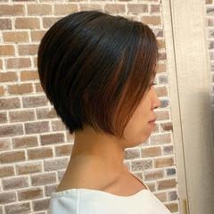 大人ショート イルミナカラー ナチュラル ショート ヘアスタイルや髪型の写真・画像