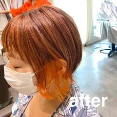 ストリート ボブ インナーカラー 切りっぱなしボブ ヘアスタイルや髪型の写真・画像