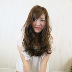 パーマ 大人かわいい 外国人風 ロング ヘアスタイルや髪型の写真・画像