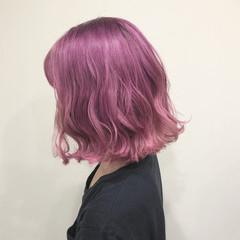 ラベンダーピンク グラデーションカラー ボブ ピンク ヘアスタイルや髪型の写真・画像