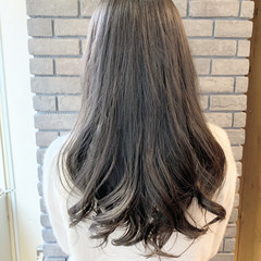 ラベンダーグレージュ セミロング アッシュグレージュ グレージュ ヘアスタイルや髪型の写真・画像