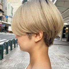 ショート アッシュベージュ 大人ショート ミニボブ ヘアスタイルや髪型の写真・画像