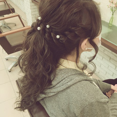 ルーズ 編み込み ロング 結婚式 ヘアスタイルや髪型の写真・画像