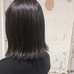 ハイライト 切りっぱなし ロブ ストリート ヘアスタイルや髪型の写真・画像