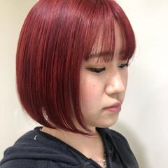 レッド ダブルカラー ブリーチ ガーリー ヘアスタイルや髪型の写真・画像