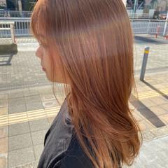 オレンジベージュ シアーベージュ フェミニン ミルクティーベージュ ヘアスタイルや髪型の写真・画像