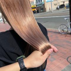 ロング ナチュラル 透明感カラー ペールピンク ヘアスタイルや髪型の写真・画像