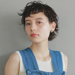 ベリーショート 黒髪 ウェットヘア ショート ヘアスタイルや髪型の写真・画像