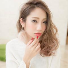 外国人風 グラデーションカラー ミディアム ナチュラル ヘアスタイルや髪型の写真・画像
