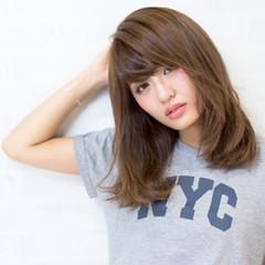 大人かわいい フェミニン ナチュラル ストリート ヘアスタイルや髪型の写真・画像