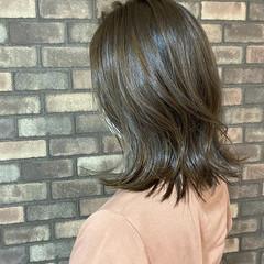 透明感 ミディアム 切りっぱなしボブ 外ハネボブ ヘアスタイルや髪型の写真・画像