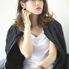 かっこいい 大人女子 ミディアム 外国人風 ヘアスタイルや髪型の写真・画像