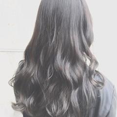 ハイライト ストリート アッシュ セミロング ヘアスタイルや髪型の写真・画像