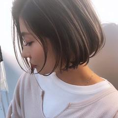 ハイライト アンニュイほつれヘア ナチュラル ミニボブ ヘアスタイルや髪型の写真・画像