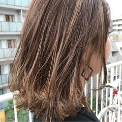 ハイライト リラックス ナチュラル 夏 ヘアスタイルや髪型の写真・画像