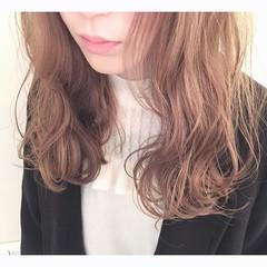 ロング デート ガーリー アッシュ ヘアスタイルや髪型の写真・画像